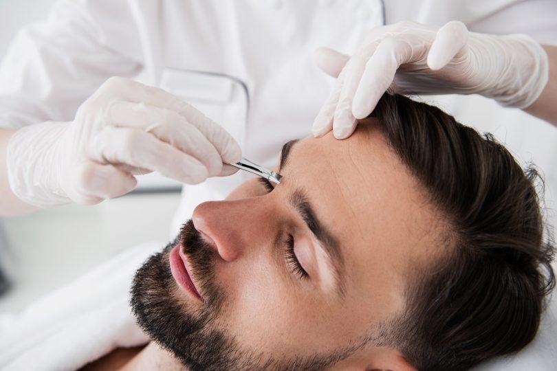 Men Grooming eyebrow